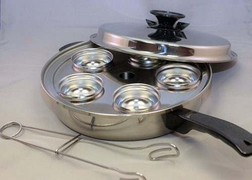 Famous-Maker-egg-poacher-pans
